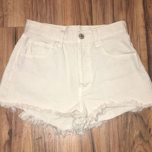 Brandy Melville shorts!!❤️💖